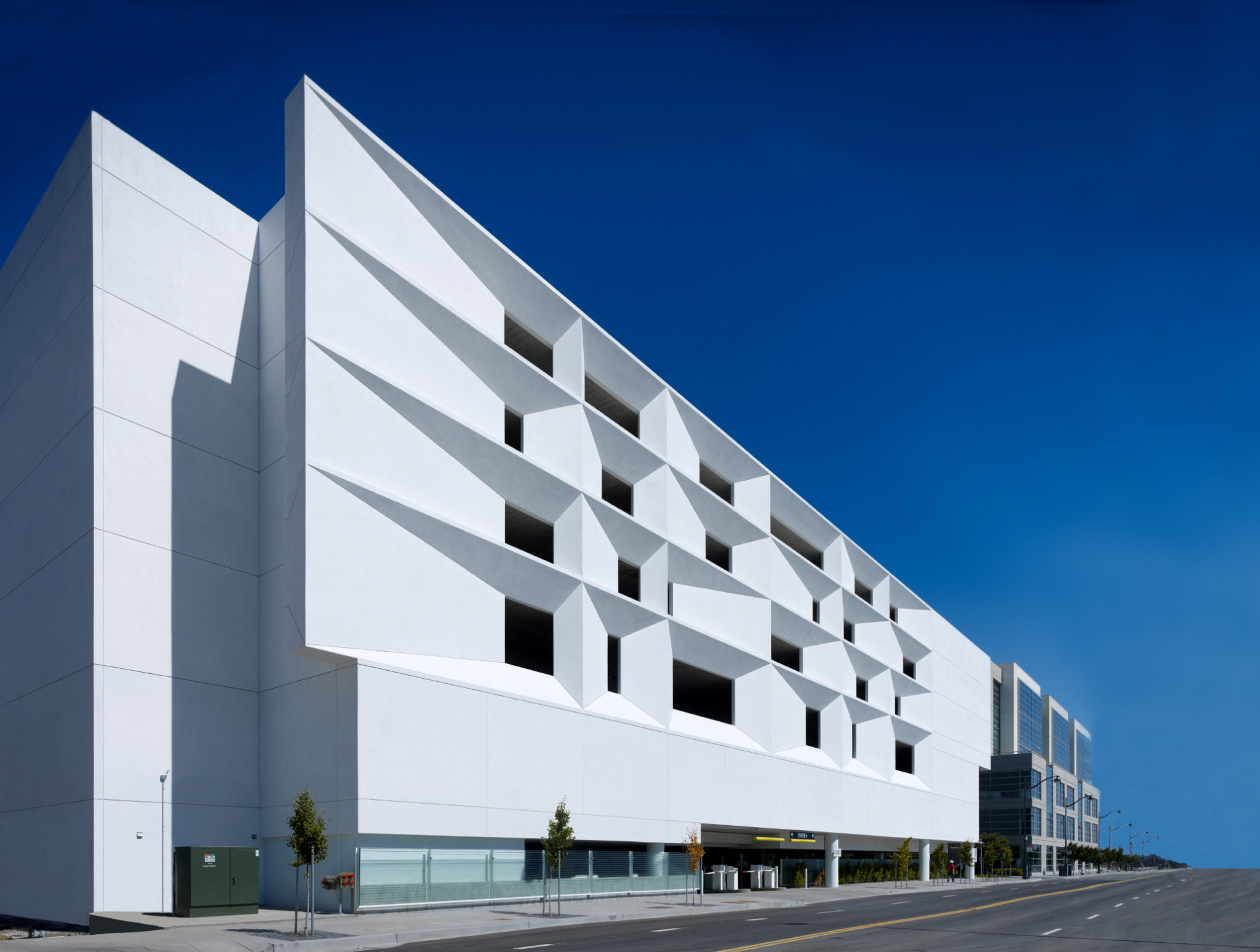 Mission Bay Parking Structure - WRNS Studio
